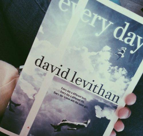 """Recensione de """"Ogni giorno"""" di David Levithan"""