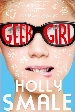 "DOMINO LETTERARIO | Recensione di ""Geek Girl"" di Holly Smale"